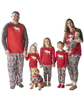 d1fc78a1fd10 Amazon.com  Family Matching Christmas Pajamas by LazyOne