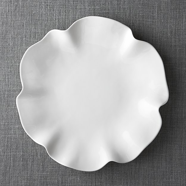 """White Ruffle 16"""" Platter 