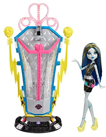 Mattel Monster High BJR46 - Frankie und Ladestation, inklusive Puppe ...