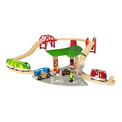 Brio World - 33627 Travel Station Set | 25 Piece Train Toy with Accessories and Wooden Tracks for Kids Ages 3 and Up: Toys & Games