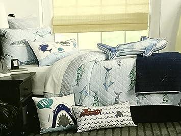 Amazon.com: BOAT HOUSE SHARKS QUILT SET - 3-pc FULL/QUEEN SIZE ... : shark quilt cover - Adamdwight.com