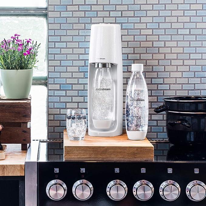 SodaStream Fizzi Sparkling - Máquina para hacer agua (carbonatador, no incluida), color blanco: Amazon.es: Hogar