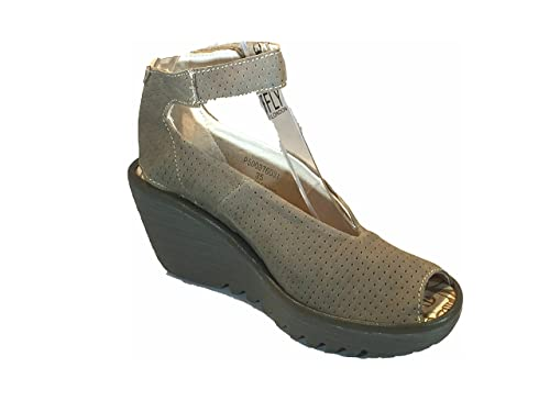 2f7ae5701fa Fly London Women s Yala Perforated Wedge Sandal Beige  Amazon.ca ...