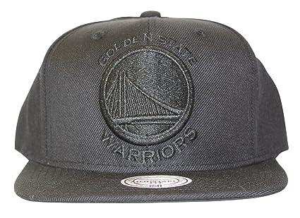 Amazon.com   Mitchell   Ness Golden State Warriors Snapback Hat Cap ... 19a96593fc95