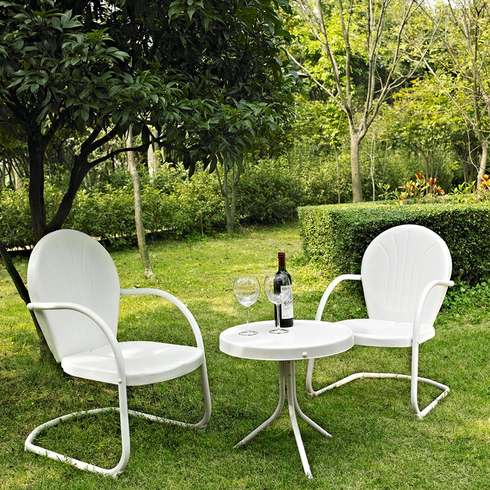 Metal outdoor furniture - Amazon Com Crosley Furniture Griffith 3 Piece Metal Outdoor Conversation Set With Table And 2 Chairs White Outdoor And Patio Furniture Sets Patio