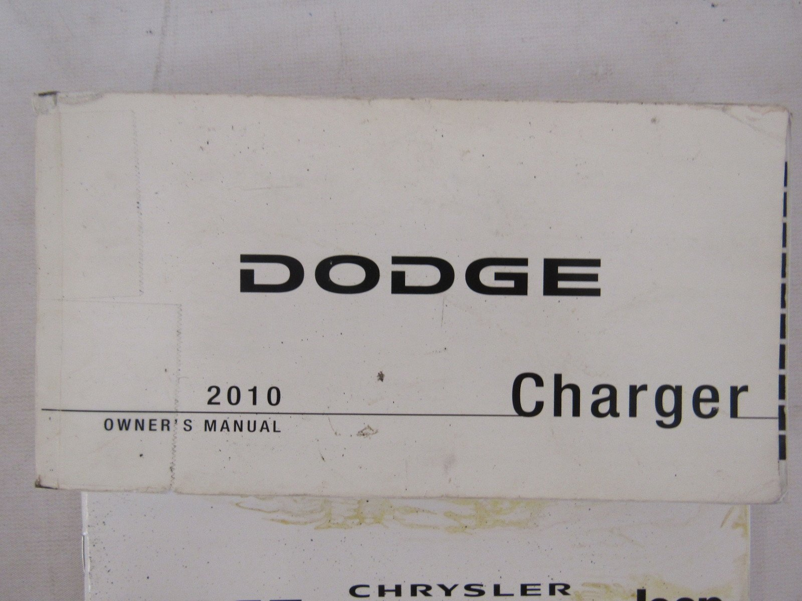 2010 dodge charger owners manual guide book amazon com books rh amazon com 2010 dodge charger owners manual pdf 2010 dodge charger service manual