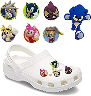 Amazon Com 7pcs Lot Classic Game Cartoon Sonic The Hedgehog Character Cat Pvc Shoe Charms Accessories Decoration Jibz For Charms Bracelets Kids Gift Clothing