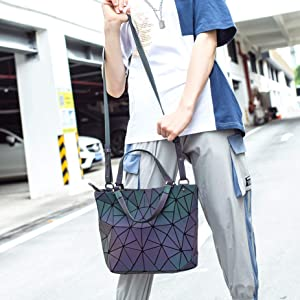 Amazon.com: Geometric Luminous Purses and Handbags ...