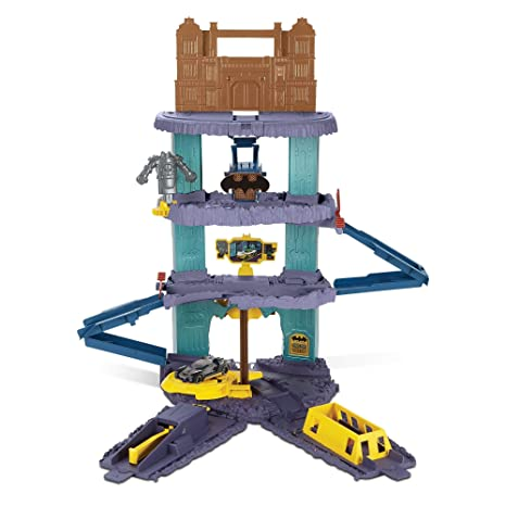 a7ee5f0b6f77 Image Unavailable. Image not available for. Color  Hot Wheels DC Comics  Batman Expanding Batcave Playset
