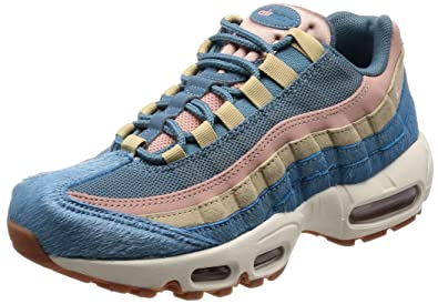 sale retailer cdea7 ea132 Amazon.com | Nike Women's Air Max 95 LX | Shoes