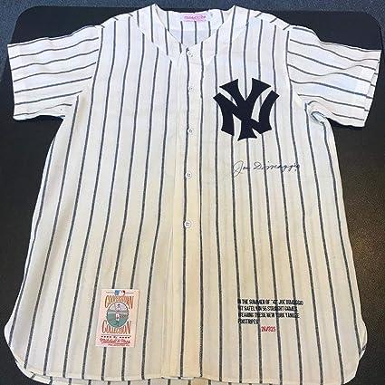 brand new 5b022 6612e Beautiful Joe Dimaggio Signed 1941 New York Yankees Game ...