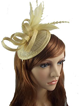 0b366afc Chapter 78 Boutique Pale Gold Sinamay Fascinator with Feathers - Special  Occasion Wedding Races: Amazon.co.uk: Clothing