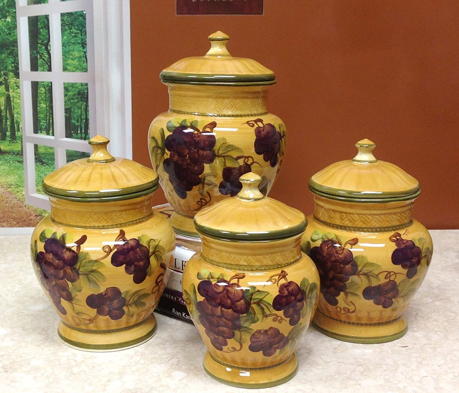 Tuscany Grapes 4pc/canisters Kitchen Decor Set
