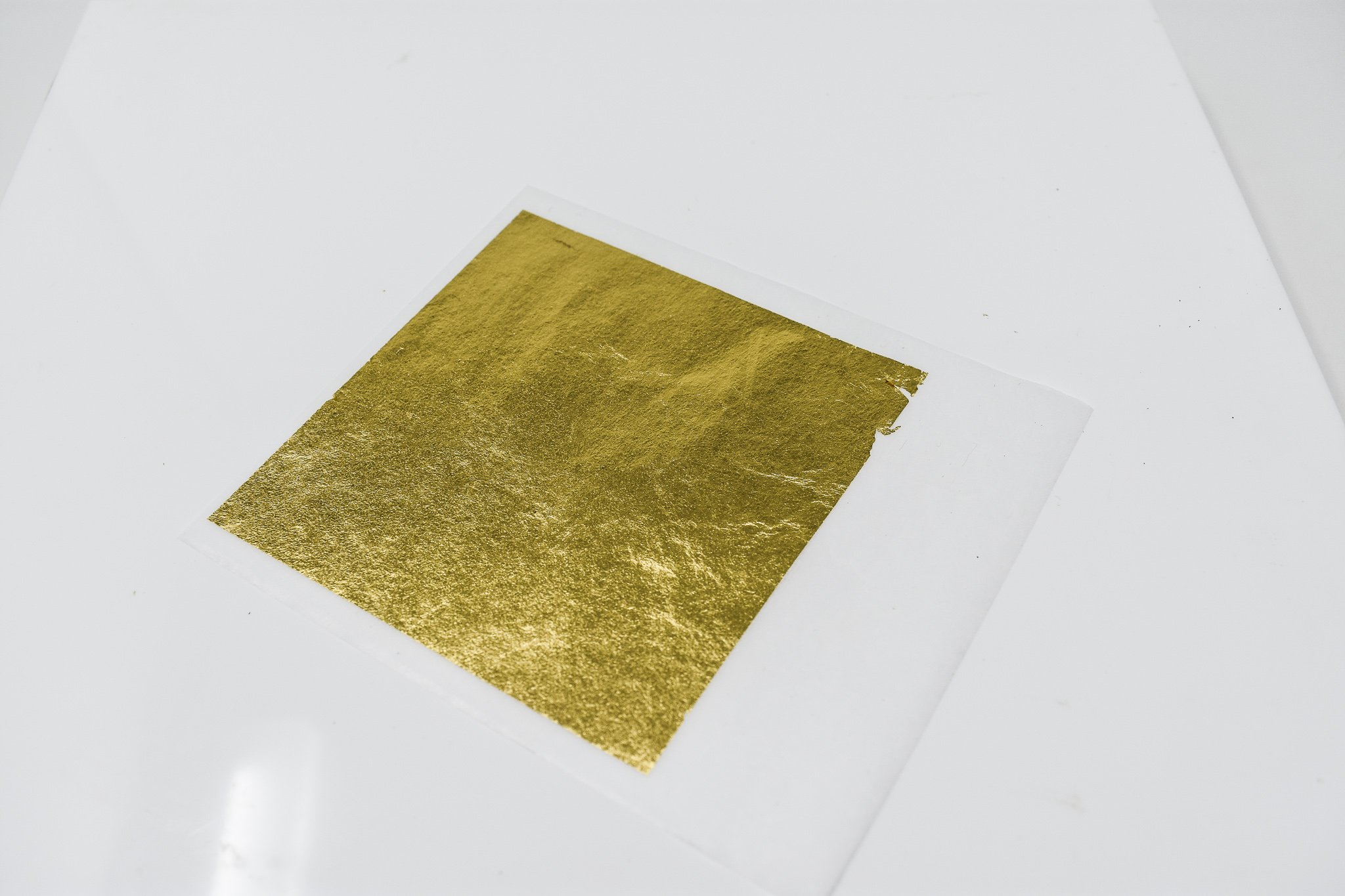 24 Karat Edible Gold Leaf Firm Transfer Sheets by Slofoodgroup (Hard Press Transfer Sheets) 25 Sheets per Book, 3.15 in. by 3. 15 in. Hard Press Transfer Sheets by SLO FOOD GROUP (Image #6)