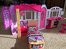 AMAZING BARBIE HOUSE!  SO PORTABLE!