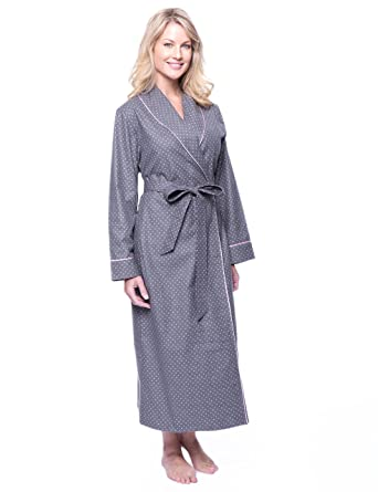 ec43a263b5 Noble Mount Gift Packaged Women s Cotton Flannel Robe at Amazon ...