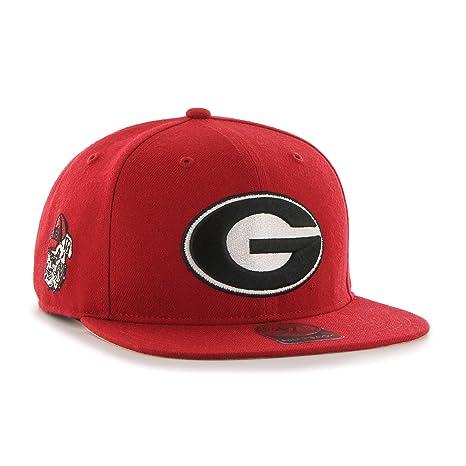 f54d582372b Amazon.com    47 NCAA Georgia Bulldogs Mens Sure Shot Captain Wool ...