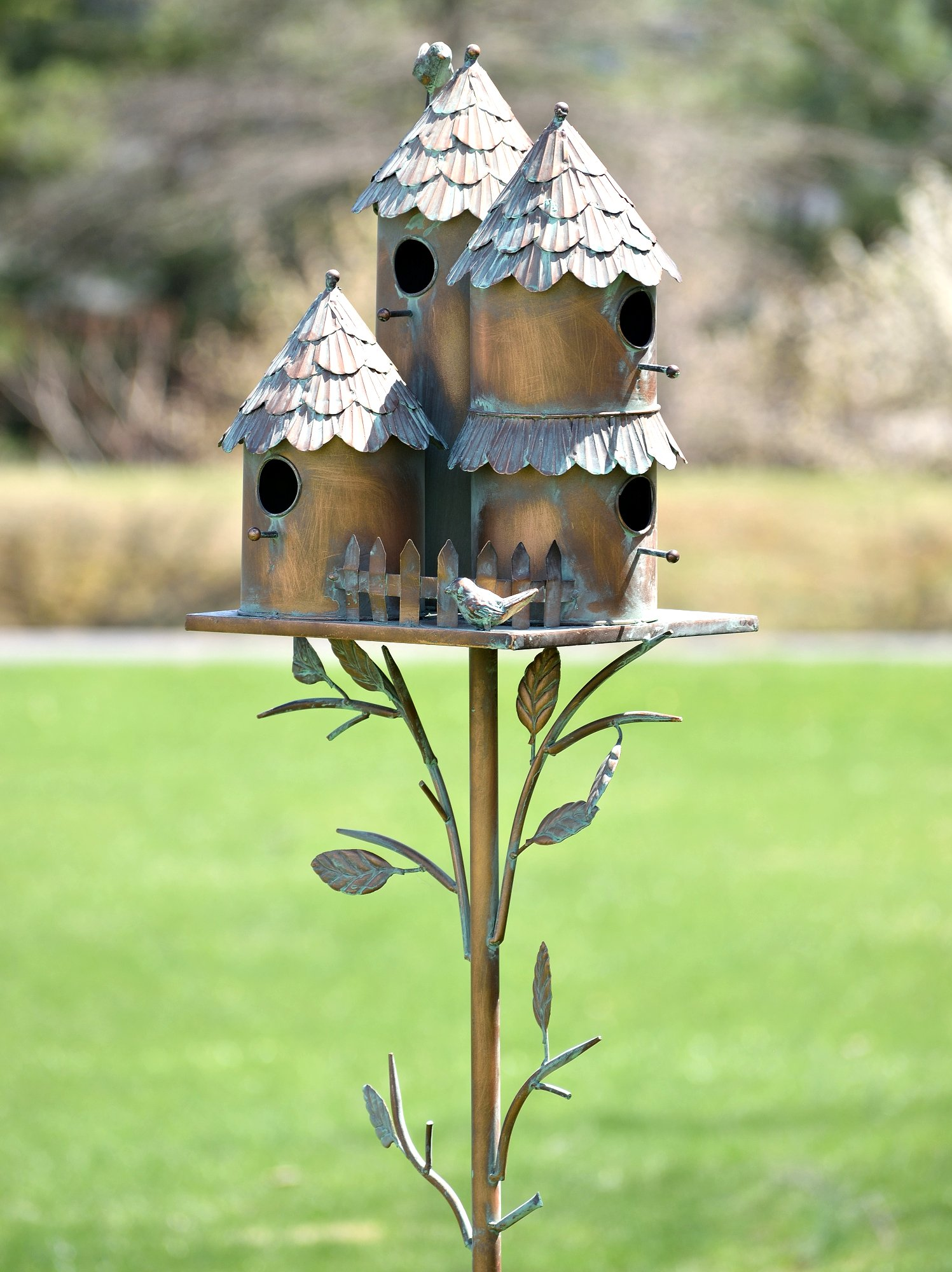 Zaer Ltd. Large Copper Colored Multi-Birdhouse Stakes, Room for 4 Bird Families in Each (Cylinders with Fence)