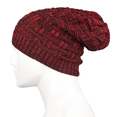 9738a73c1ec3b Best Quality Caps for Men Woolen Knitted Slouchy Beanie Beaine Caps for  Women Skull Caps for Men   Women (Maroon)  Amazon.in  Clothing   Accessories