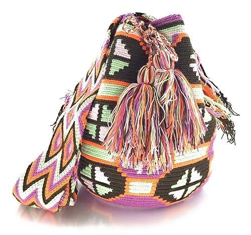 Wayuu Mochila, Bolsos Colombianos Artesanales con motivos tribales, tanto para mujer como para hombre