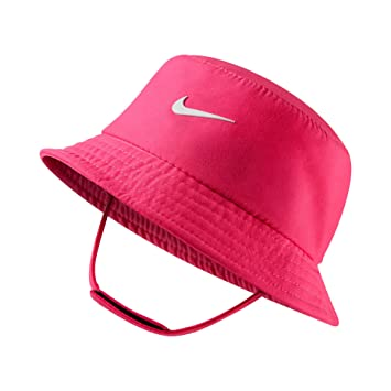 f0264731884e Nike Dry Infant/Toddler Girls Bucket Hat (2-4T, Hyper Pink (A96) /  White/Reflective Silver): Amazon.co.uk: Sports & Outdoors
