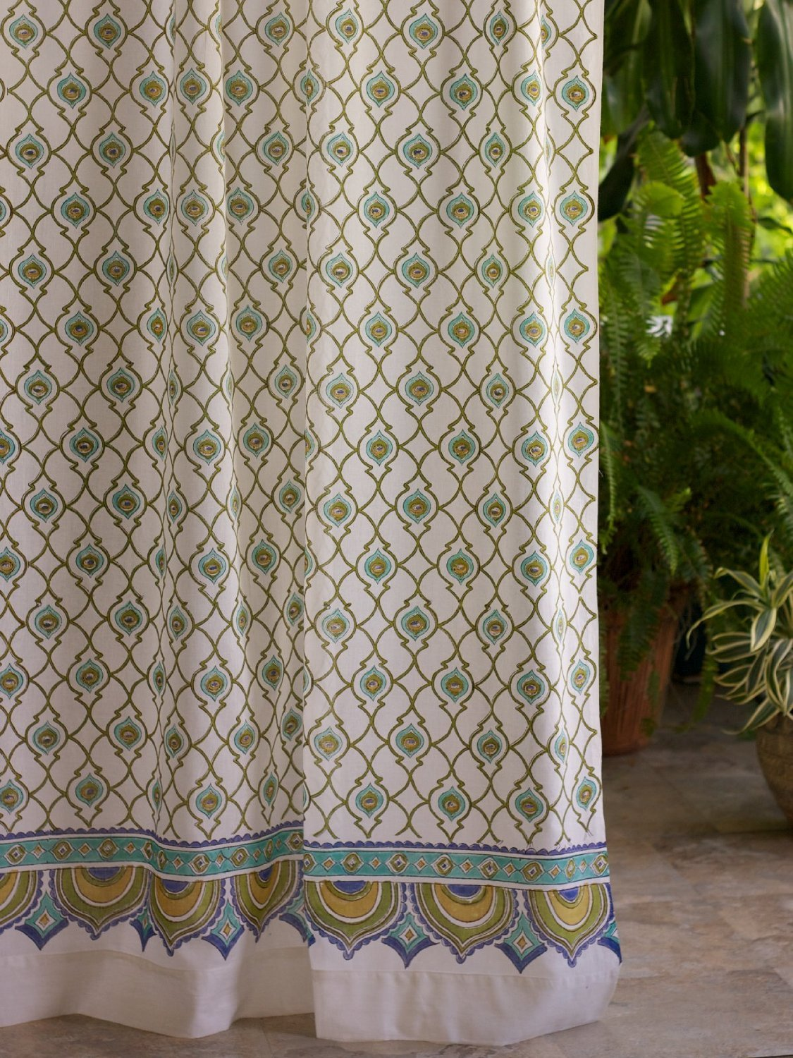 Dance O Peacock (CP) ~ Ivory Peacock Feather Print India Curtain 46x84