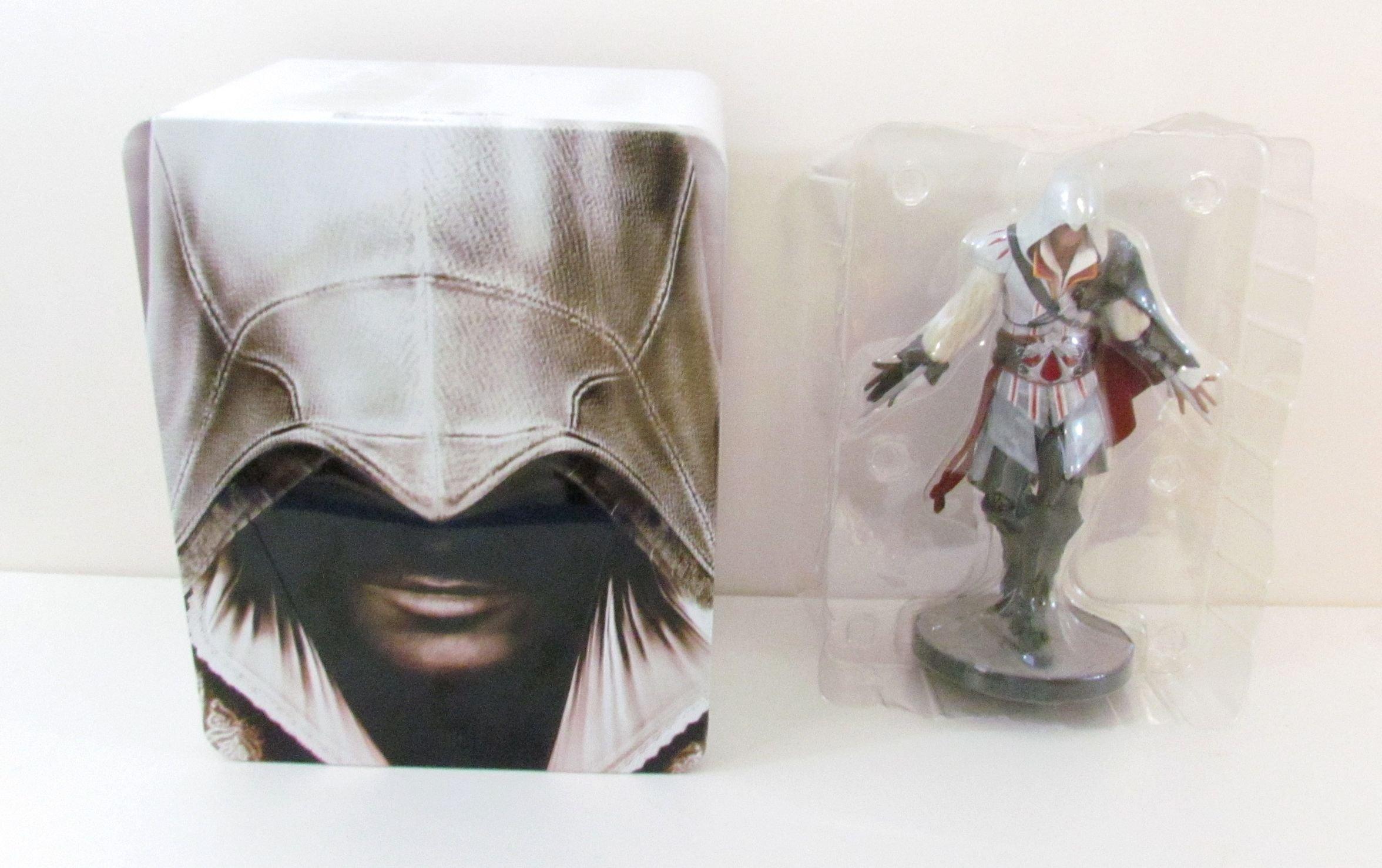 Assassin's Creed 2 Master Assassin Edition Ezio Figurine