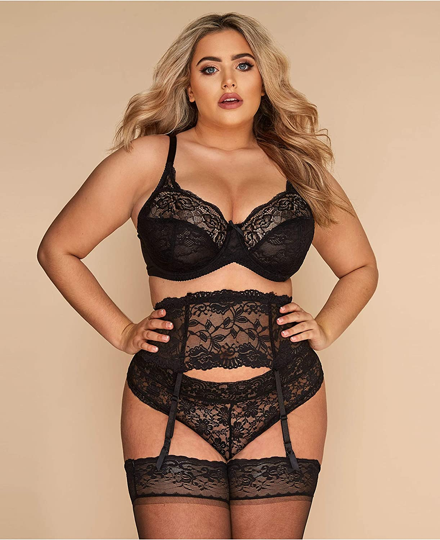 Yours Clothing Womens Plus Size Lace Suspender Belt