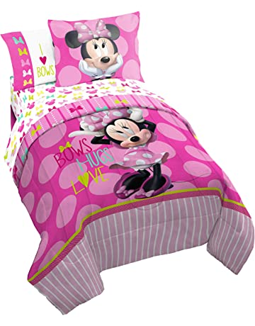 3daef6fa2df2 Disney Minnie Mouse Bigger Bow Twin Comforter - Super Soft Kids Reversible  Bedding features Minnie Mouse