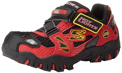 Skechers Zapatillas deportivas Damager Firetruck para niño pequeño (negras)