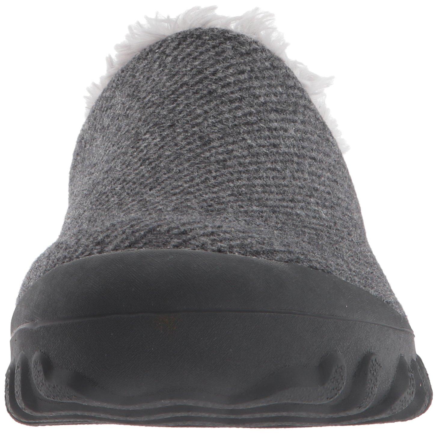 Bogs Women's Bmoc Slip on Wool Snow Boot B01N5QEY2L 7 B(M) US|Charcoal
