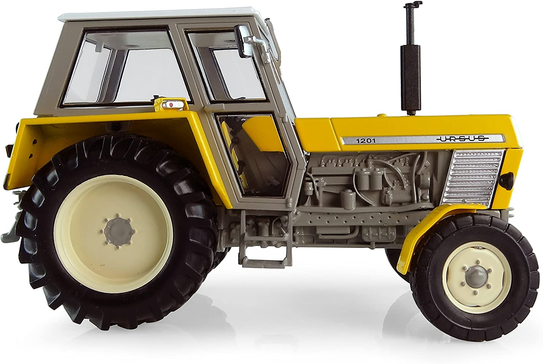Universal Hobbies Model Car Ursus 1201-2WD 1:32 Scale UH5284