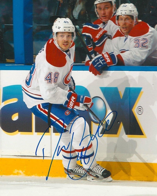 Daniel Briere Autographed Photograph - 8X10 COA A - Autographed NHL Photos  at Amazon s Sports Collectibles Store 7f40f3239
