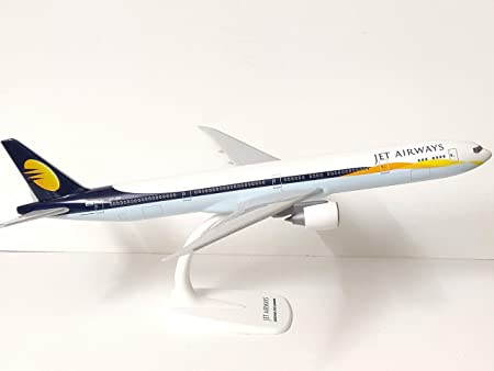 Jet Airways Boeing 777300ER Rare 1/200 Scale 36 cm Long Aircraft Model with Stand