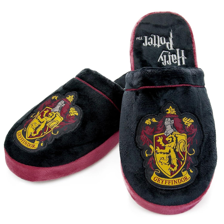 eb585afaf7d1 Amazon.com  Harry Potter Gryffindor Crest Slip On Slippers  Clothing