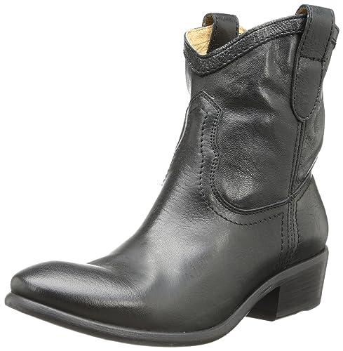 2a41ef5c51d FRYE Women's Carson Shortie Ankle Boot