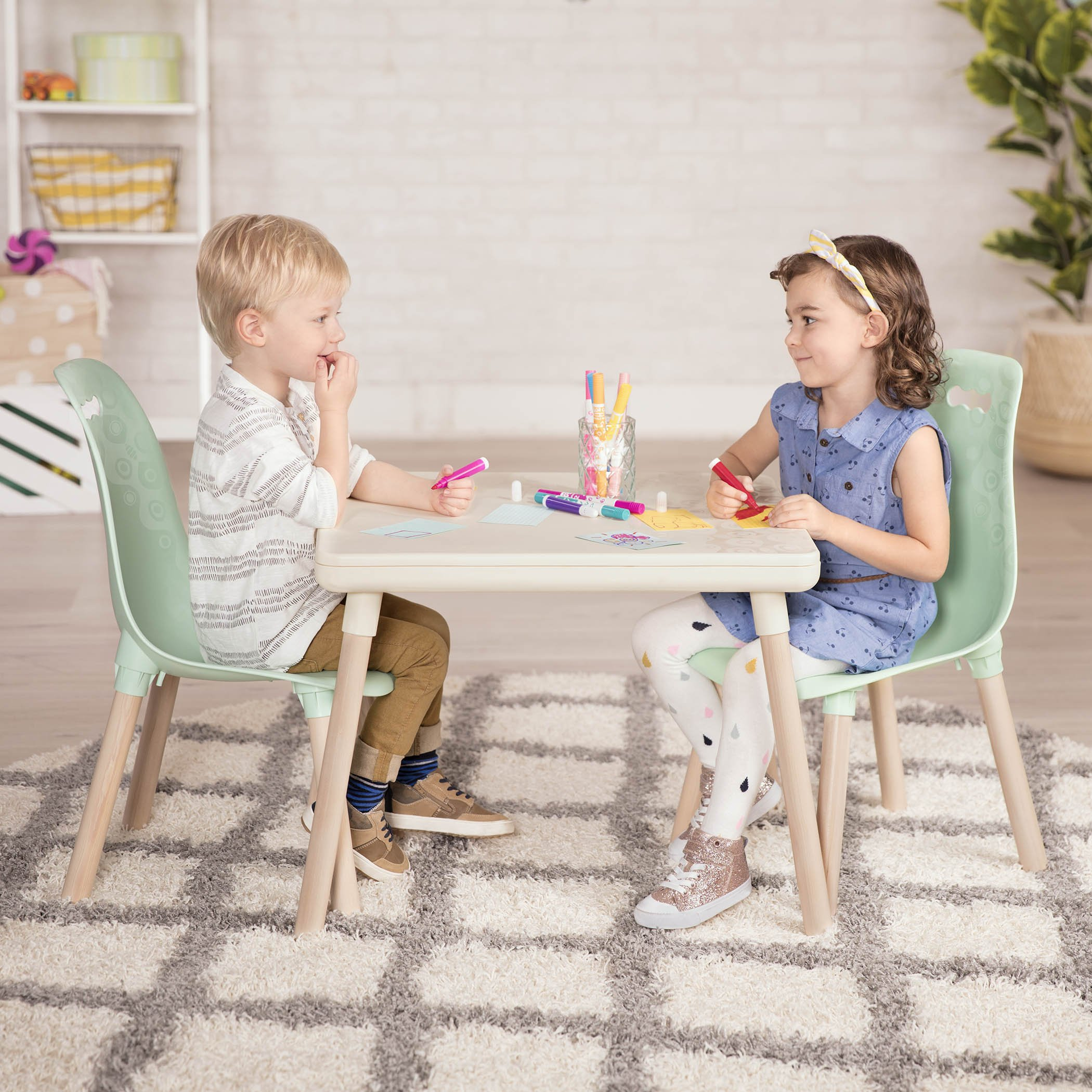B. spaces by Battat – Kid-Century Modern: Trendy Kids Table and Chairs – 1 Table in Ivory and 2 Chairs in Mint – Kids Furniture Set for Toddlers – Ivory and Mint by B. spaces by Battat (Image #4)