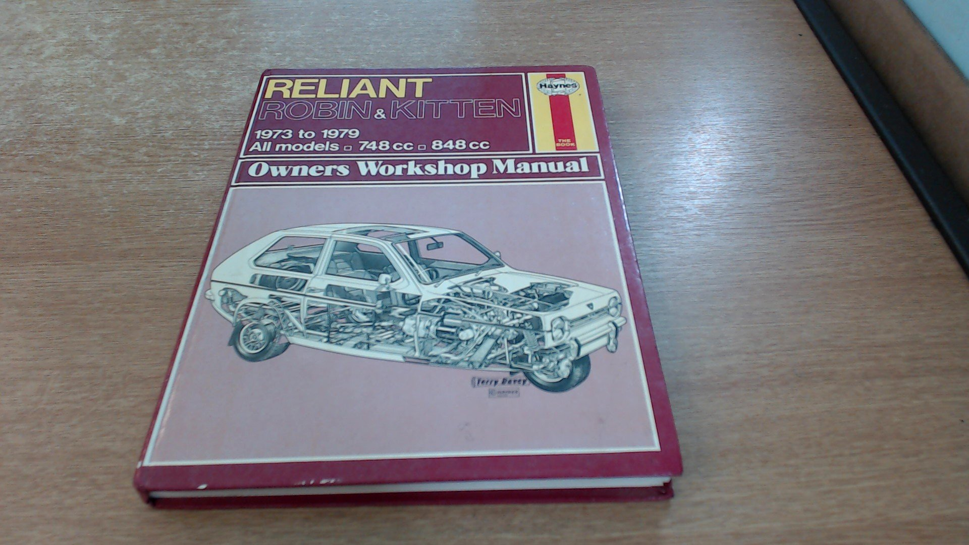 Reliant Robin and Kitten Owner's Workshop Manual: J. H. Haynes, Bruce  Gilmour: 9780856964367: Amazon.com: Books