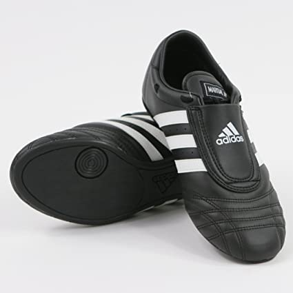 sports shoes 3379a 2d935 adidas Sm II Training Martial Arts Leather Shoes (Black, 2.5)