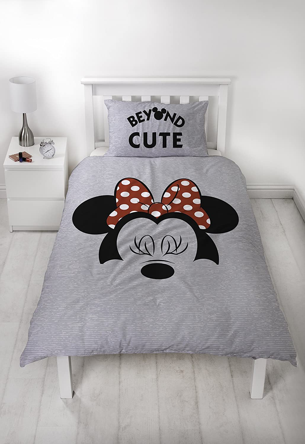 Disney Minnie Mouse Single Duvet Cover Set | Classic Cute Bow Two Sided Reversible Design Character World DMNCUTDS003UK1