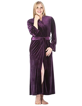 Noble Mount Women s Royal Velvet Robe at Amazon Women s Clothing store  90457998b