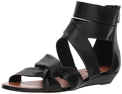 12f74c374ab Amazon.com  Vince Camuto Women s Seevina Flip-Flop  Shoes