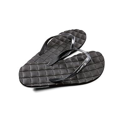 3ff13d0da Amazon.com  Volcom Men s Recliner Rubber Flip Flop  Shoes