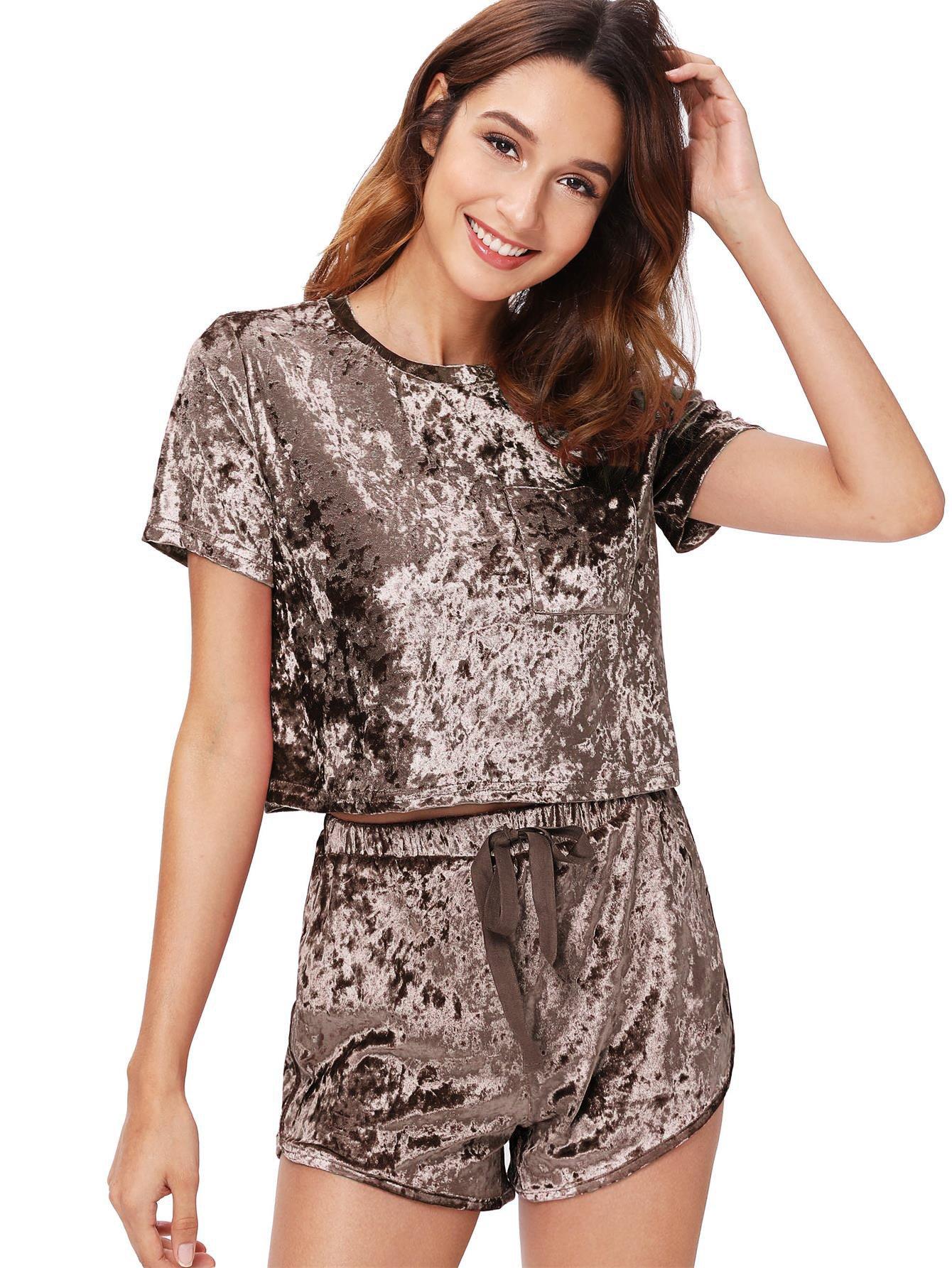 MakeMeChic Women's Vintage Velvet Pocket Crop Top Tee T-shirt and Shorts Set Coffee S