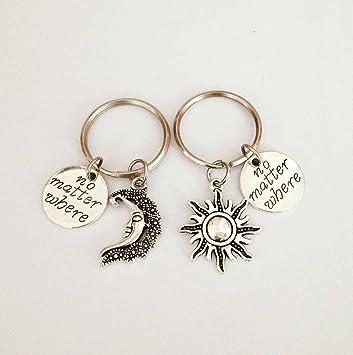 Key chain Llavero con diseño de sol y luna, llavero para ...