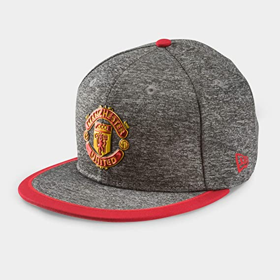 low priced ec825 be9f6 Manchester United 9Fifty Pop Piping Football Snapback Cap - Grey Red - Size  S M  Amazon.co.uk  Clothing