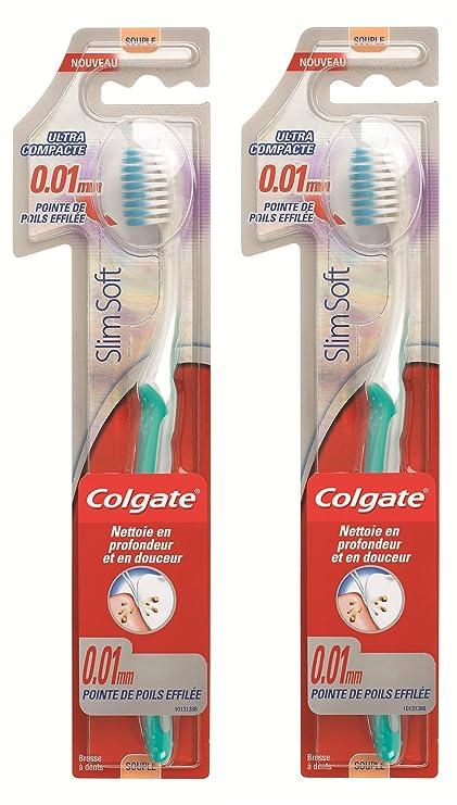 Colgate Slimsoft - Cepillo de dientes manual ultracompacto (dureza suave, 2 unidades)