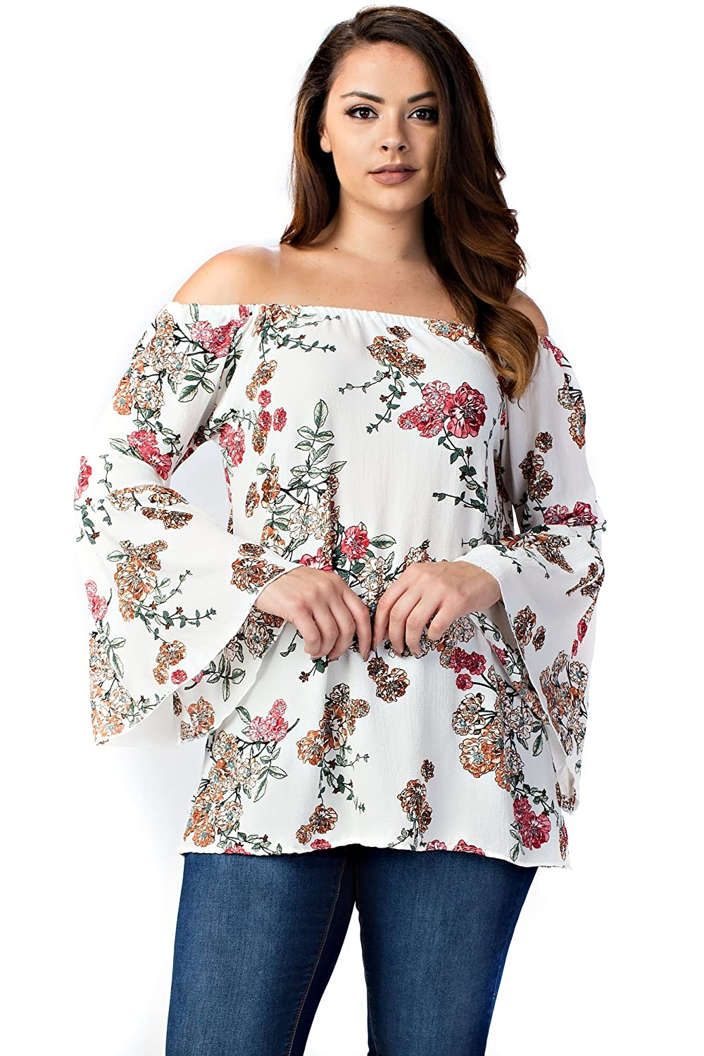 06064a92fa5 Betsy Red Couture Women's Plus Size Bell Sleeves Loose Fit Tunic Top at  Amazon Women's Clothing store: