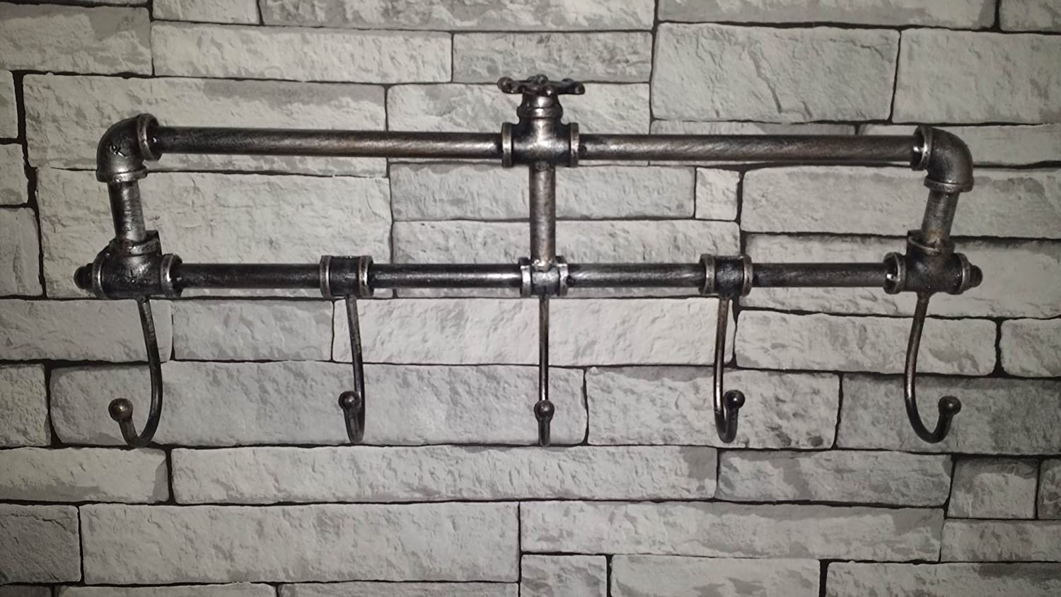 garden mile Distressed Metal Industrial Pipe Work Novelty Coat Rack Towel Rail. Retro Urban Chic 5 Peg Wall Mounted Bedroom Hall Bathroom Towel Rail Garden Mile®