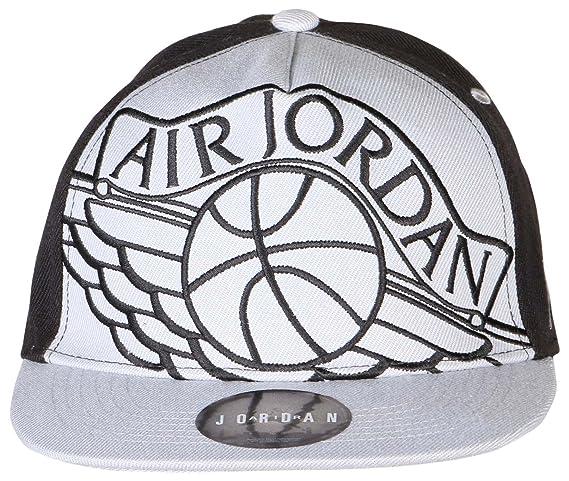 d5e77d17d48 Amazon.com  Youth Air Jordan Athletic Snapback Hat (8 20